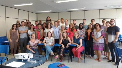 Grupo de professores em oficina realizada na UFF