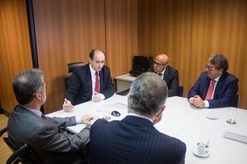Reitores da UFF em reunião em Brasília