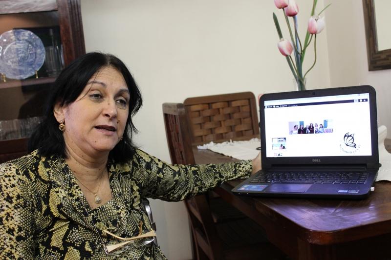 Lucília Machado explica que o programa permite ingresso e permanência de alunos deficientes Foto: Gabriella Balestrero