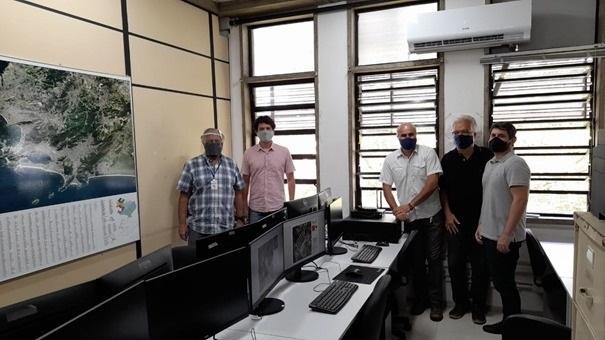 Laboratorio montado pelo projeto no Instituto de Geociencias da UFF