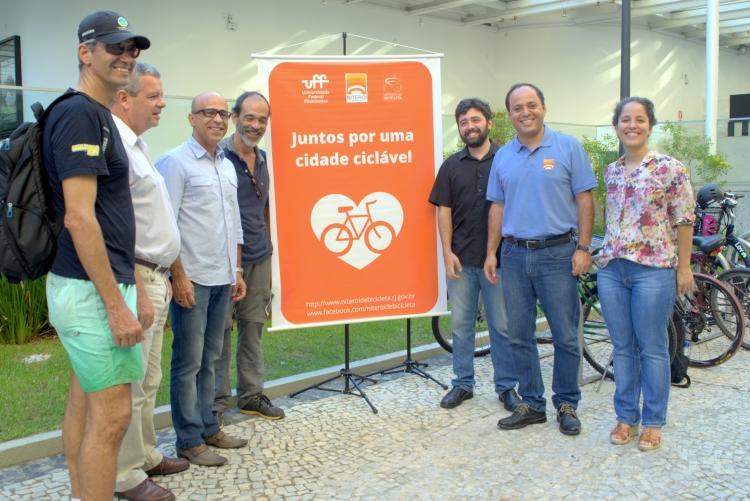 UFF e Prefeitura de Niterói inauguram na Reitoria novo bicicletário