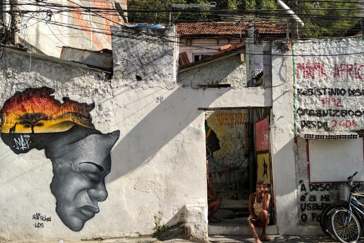 Fachada da Ocupação Mama África em Niterói