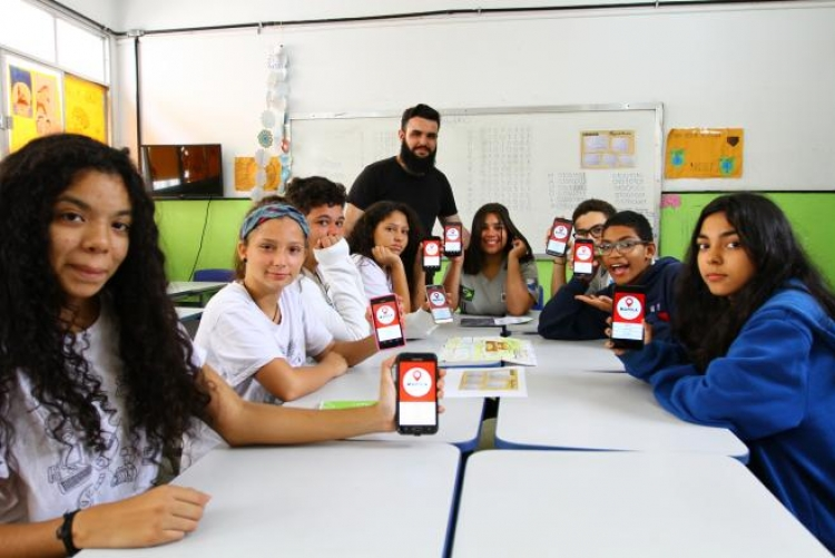 Alunos do ensino médio criam aplicativo inovador. - Foto: Divulgação