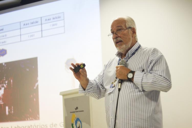Professor Vitor Francisco Ferreira