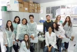 Curso Histopatologia 2015: Professora Caroline Fernandes, professor Leonardo Mendonça e alunos