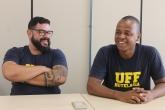 Igor Maúrício e Janelson da Silva, alunos do Curso de Hotelaria da UFF Foto: Felipe Gelani