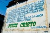 Pintura em Acari com passagem bíblica onde antes havia imagem de Nossa Senhora Aparecida (2008) - Reprodução
