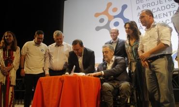 Assinatura do Programa de Incentivos a Projetos Aplicados e Fomento à Inovação