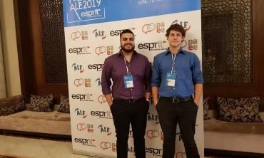 Alunos Joel Alves e João Pedro presentes na Tunísia para apresentar o projeto no congresso